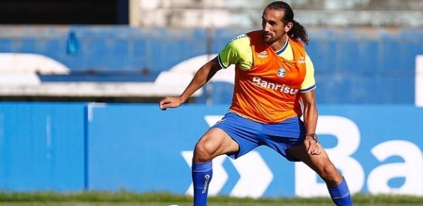 Ex-jogador de Palmeiras e Grêmio, Barcos está perto de acordo com o Cruzeiro