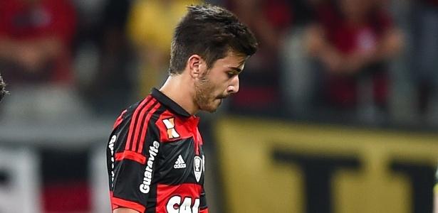 Mattheus teve uma passagem apagada pelo Flamengo