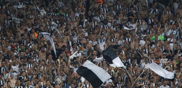 Torcida do Atlético-MG vai poder levar bandeiras no clássico com o Cruzeiro