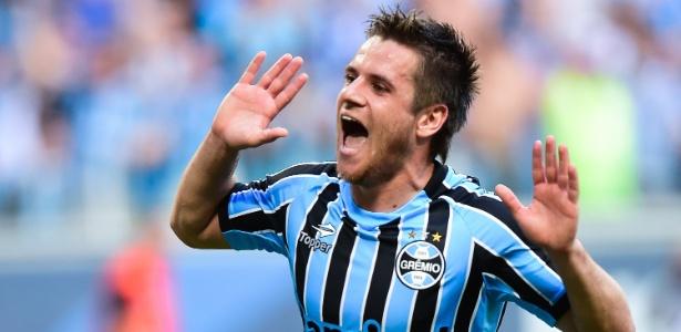 O volante Ramiro foi o terceiro caso de caxumba no elenco do Grêmio