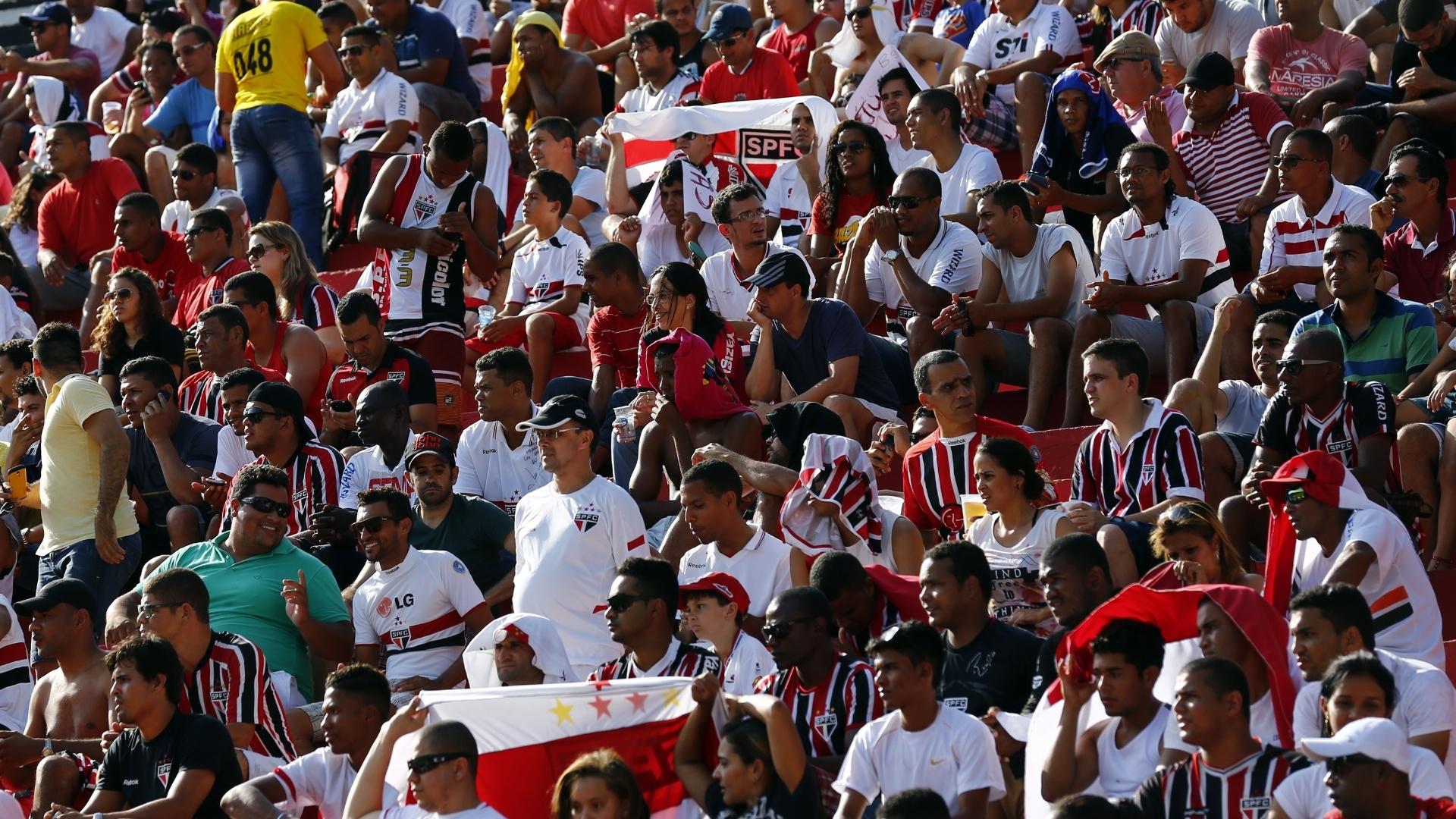 Torcedores do São Paulo presentes no Barradão para o jogo com o Vitória