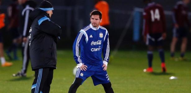 Bauza alfinetou o sistema de jogo adotado por Tata Martino na decisão da última Copa América