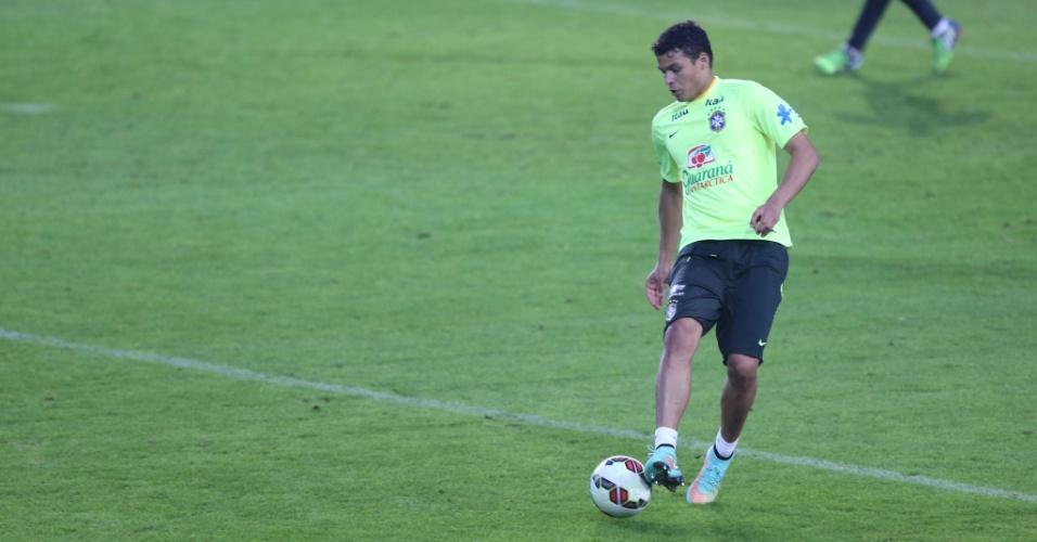 Thiago Silva, zagueiro da seleção brasileira, treina em Istambul, antes do amistoso contra a Turquia