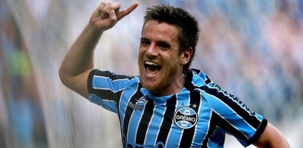 Ramiro tem renovação de contrato encaminhada com o Grêmio para três anos