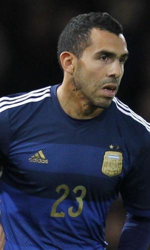 Aguero é substituído por Tevez na seleção da Argentina