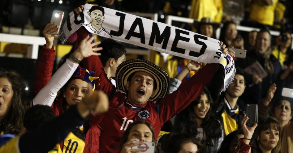 Torcida exalta James Rodríguez na partida entre Colômbia e Estados Unidos em