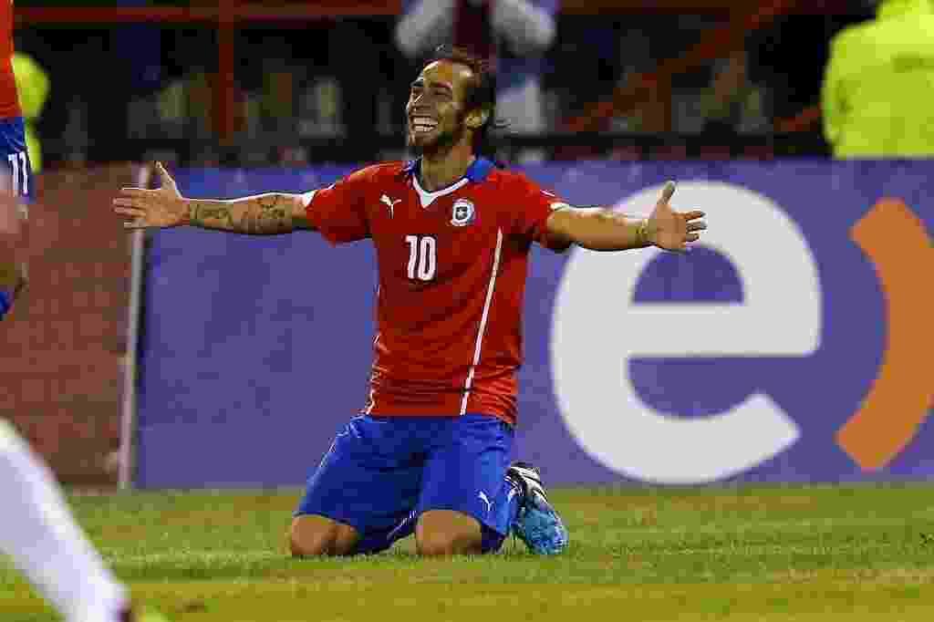 Valdivia celebra o segundo gol do Chile sobre a Venezuela - REUTERS/Ivan Alvarado