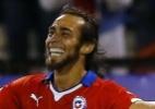 Valdivia e Mena são convocados para seleção chilena nas Eliminatórias - REUTERS/Ivan Alvarado