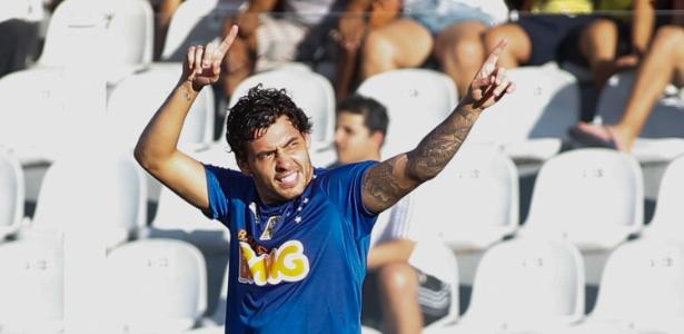 Goulart prioriza Europa, mas Cruzeiro reabre portas quando atacante quiser voltar