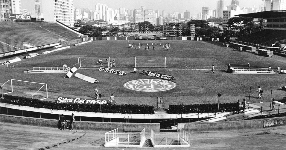 Após a reforma, em 1933, o estádio Parque Antártica se tornou o estádio Palestra Itália, o mais moderno do país na época