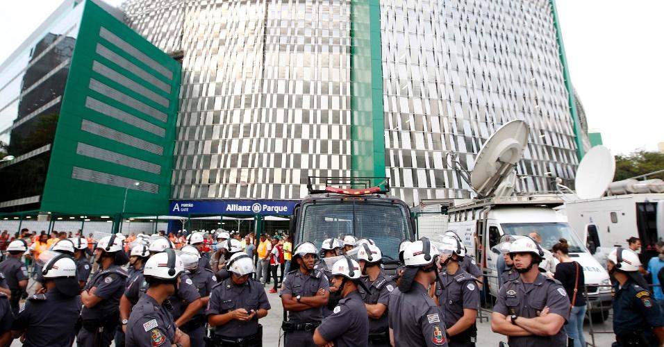 Policiamento reforçado antes da inauguração da Arena Palestra