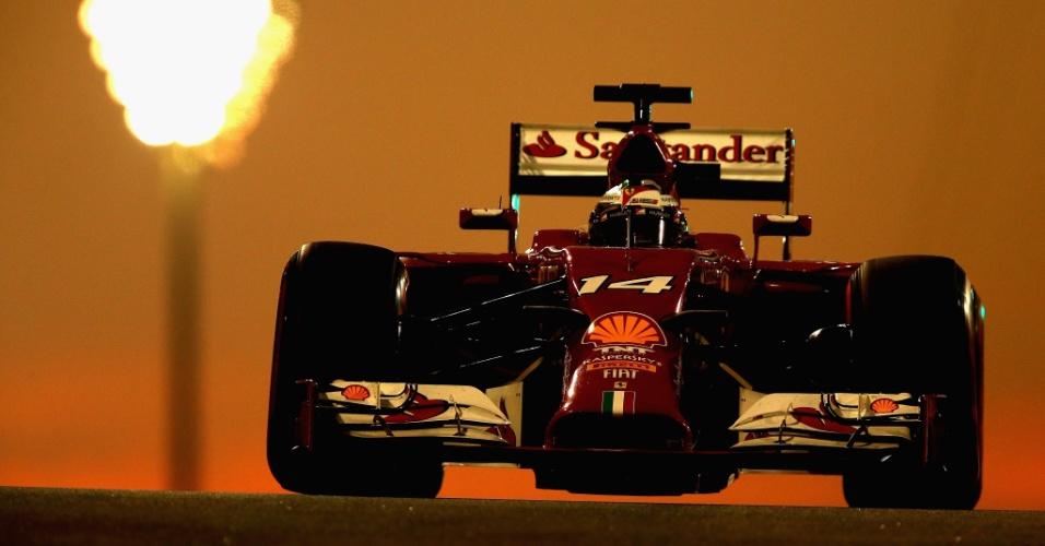 Fernando Alonso sairá só na décima colocação em seu último GP pela Ferrari