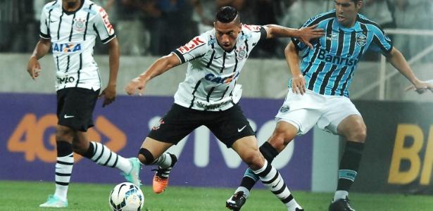 Ralf perdeu lugar entre titulares do Corinthians mais uma vez 32f0624985aa2