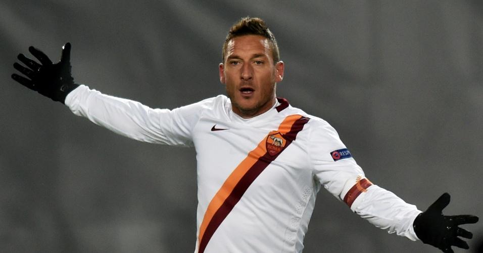 Totti durante jogo da Roma na Liga dos Campeões