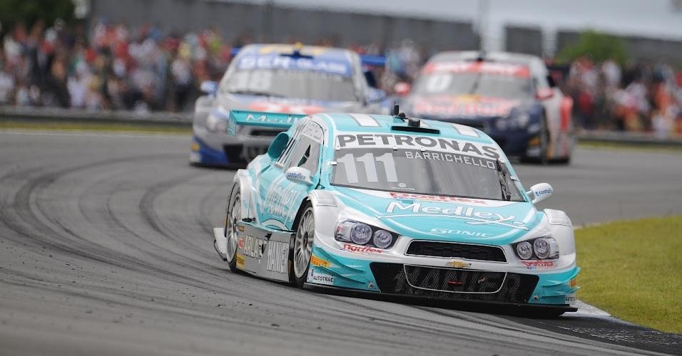 30.11.2014 - Barrichello acelera para levar o terceiro lugar em Curitiba, que lhe garantiu o título da Stock Car