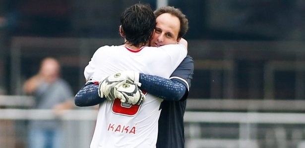 Ceni e Kaká no Morumbi na época do goleiro como jogador
