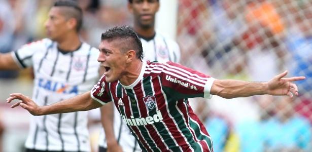Nome do volante Edson volta à órbita do Corinthians