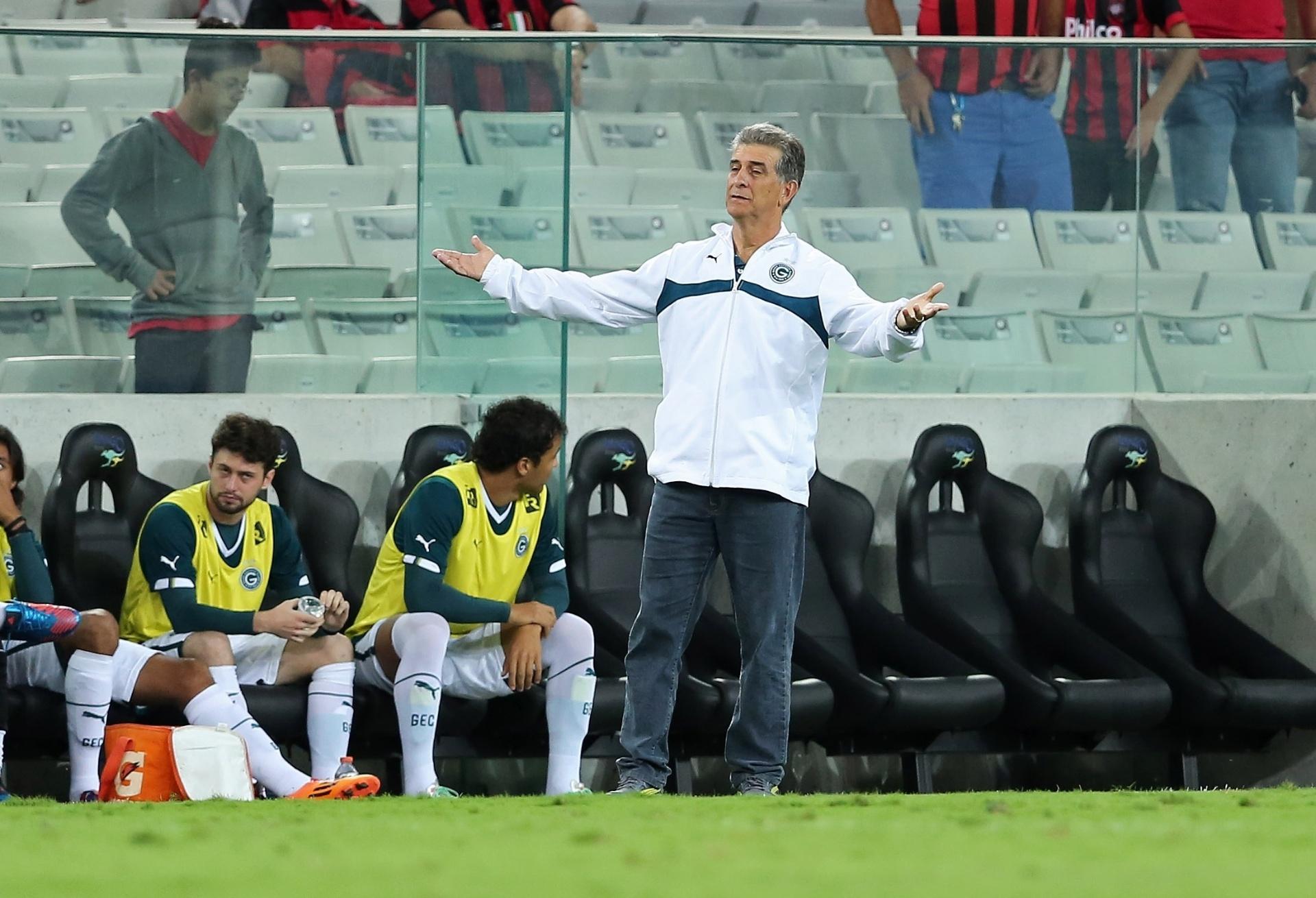 5cc27d3bc5c8b Vitória apresenta Ricardo Drubscky como novo técnico  diretor é demitido -  15 12 2014 - UOL Esporte