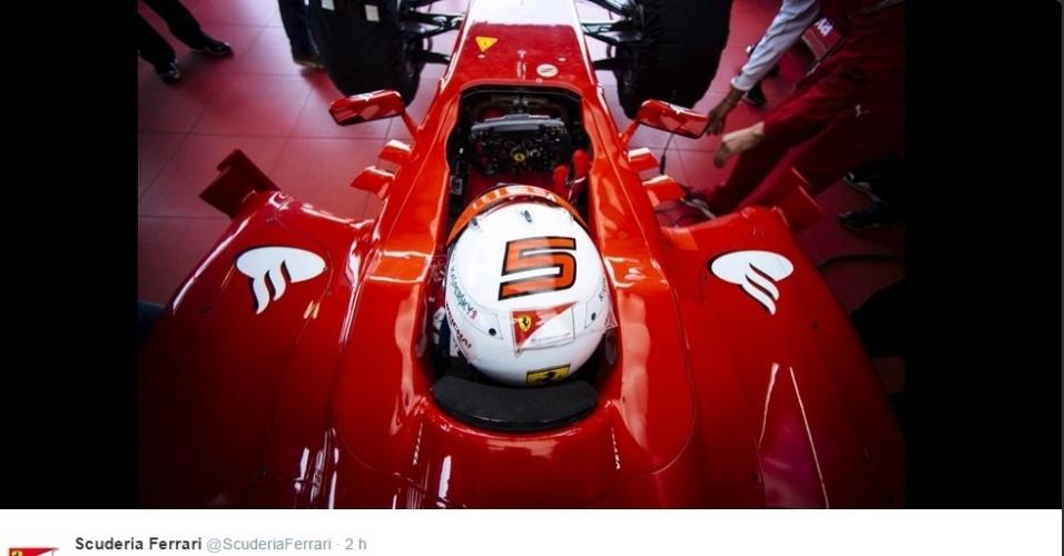 29.11.2014 - Vettel no cockpit da Ferrari em seu primeiro teste pela equipe