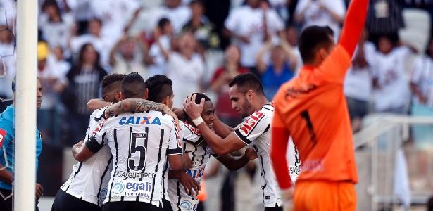 Corinthians melhorou desempenho após parada de 2014 e garantiu vaga na Libertadores