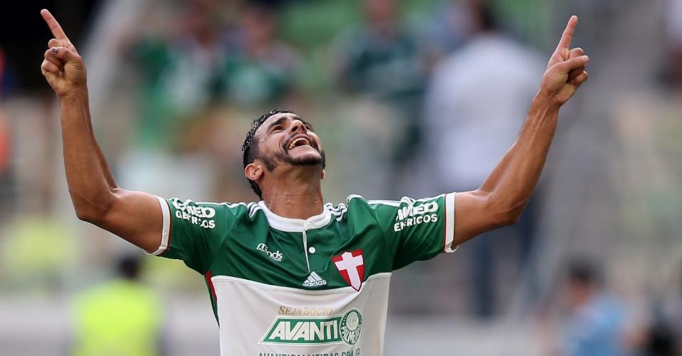 Palmeiras sofreu 1 a 0 na etapa inicial, mas conseguiu empatar minutos depois, com Henrique, de penalidade