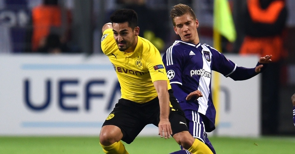 Gündogan deixa marcador do Anderlecht para trás em jogo válido pelo Grupo D da Liga dos Campeões