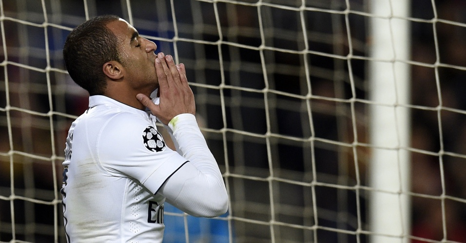 Lucas lamenta oportunidade desperdiçada pelo PSG
