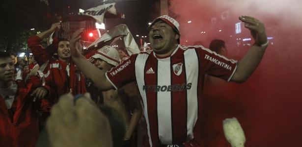 Torcedor do River Plate comemora título em 2014