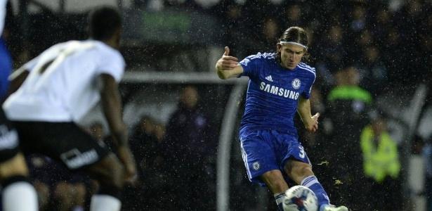 Brasileiro não conseguiu se tornar titular no Chelsea