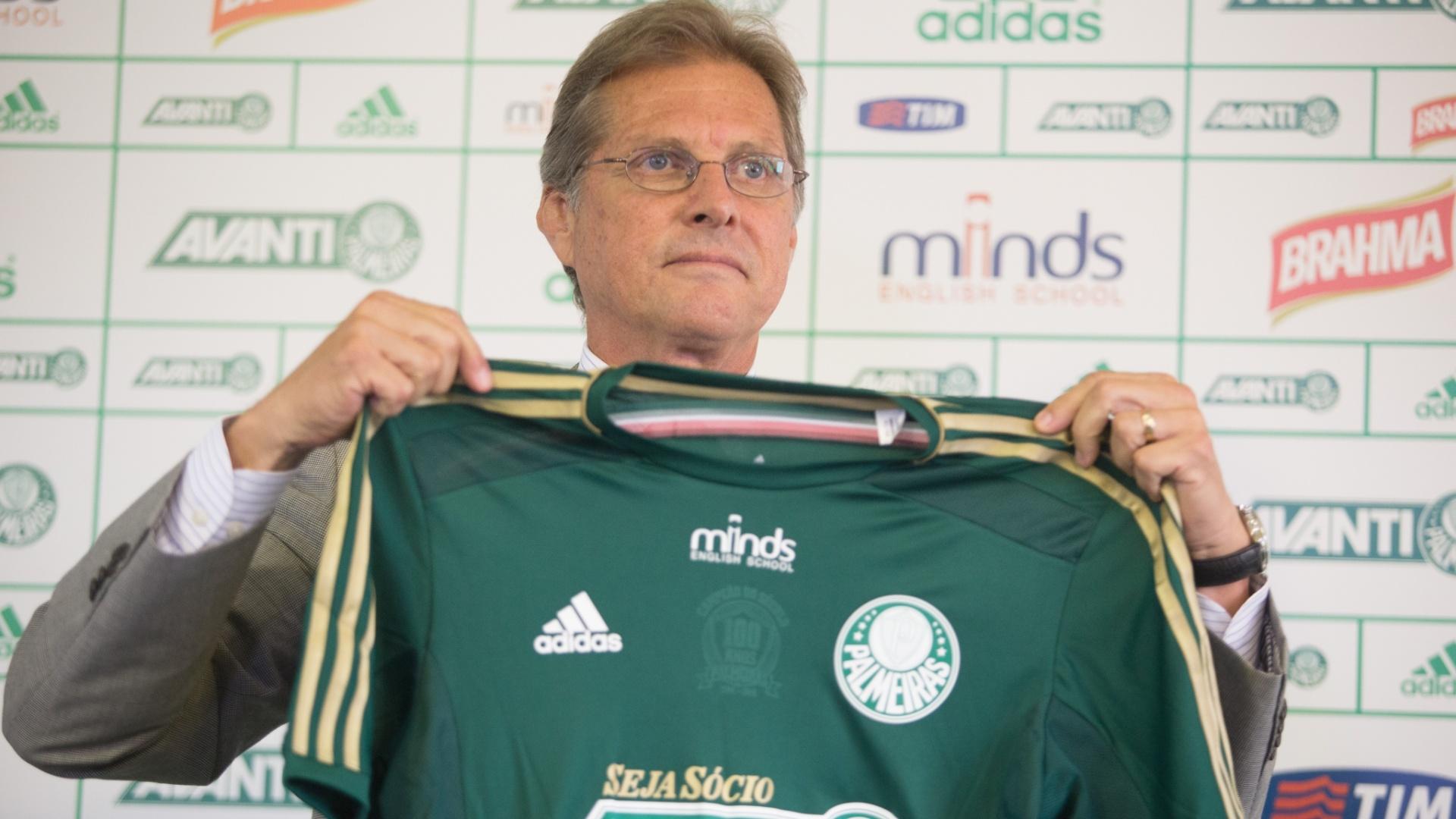 Oswaldo de Oliveira se apresenta como novo técnico do Palmeiras