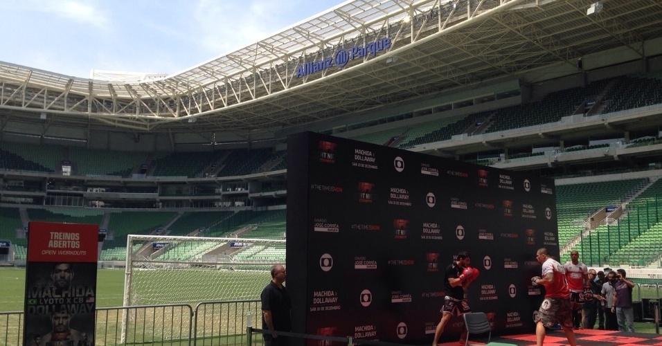 Lyoto Machida e CB Dollaway participam de treino aberto do UFC no Allianz Parque