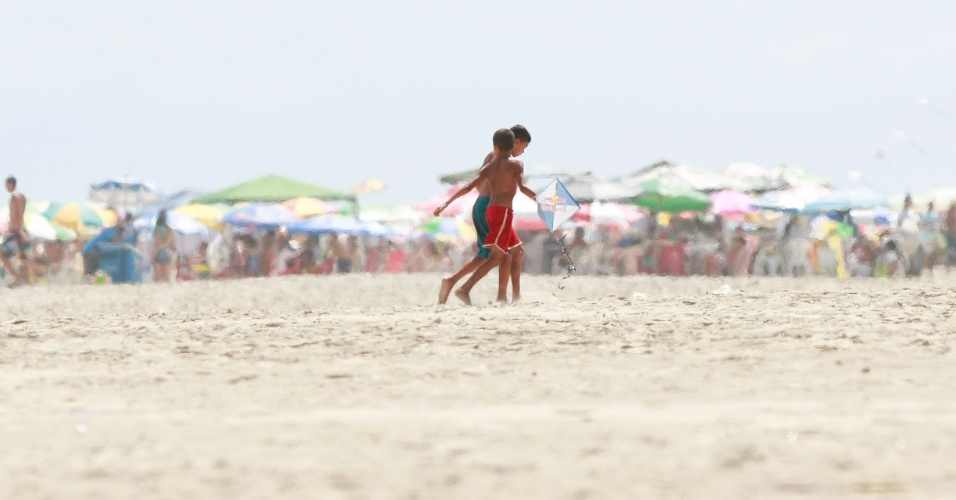 As cidades de Praia Grande e São Vicente, no litoral paulista, fazem parte da Neymarlândia. O craque da seleção e do Barcelona passou a infância e adolescência por lá, e o UOL foi lá contar histórias dessa época