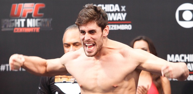 Cara de Sapato tenta voltar ao caminho das vitórias no UFC - Reinaldo Canato/UOL