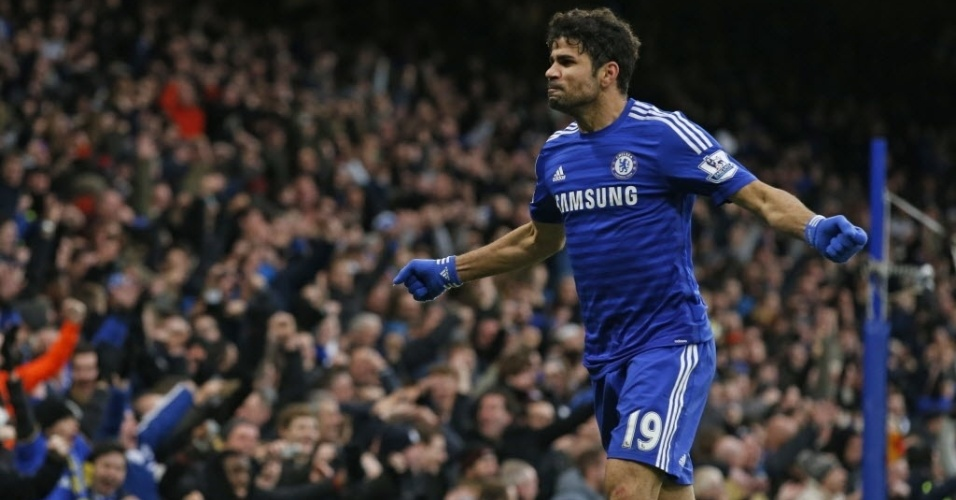Diego Costa celebra golaço marcado na partida do Chelsea contra o West Ham, no Stamford Bridge