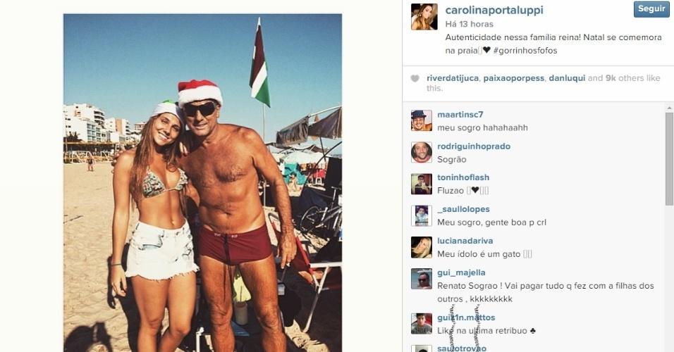 Renato e Carol Portaluppi celebraram o Natal na praia