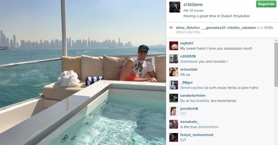 Cristiano Ronaldo curte a folga de final de ano em Dubai e mostra a bela paisagem