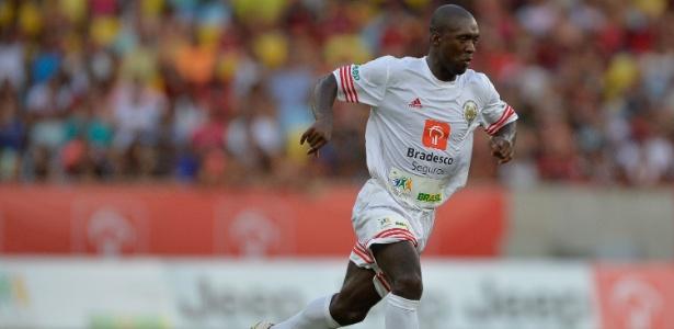 Negócios do ex-jogador fora do mundo do futebol serão fiscalizados