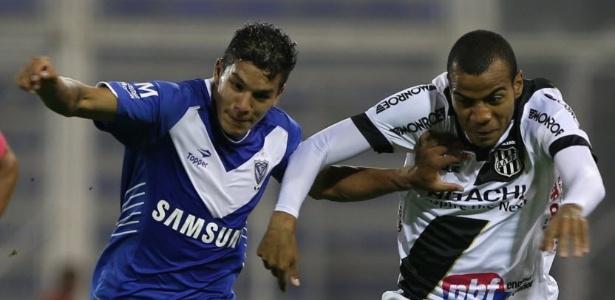 Aos 21 anos, Romero é tratado como uma das promessas do futebol argentino - EFE/Daniel Jayo