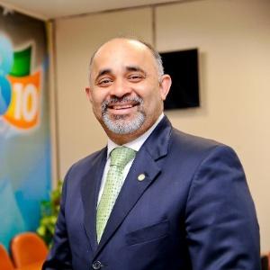 George Hilton entregou carta de demissão a Dilma, segundo o partido