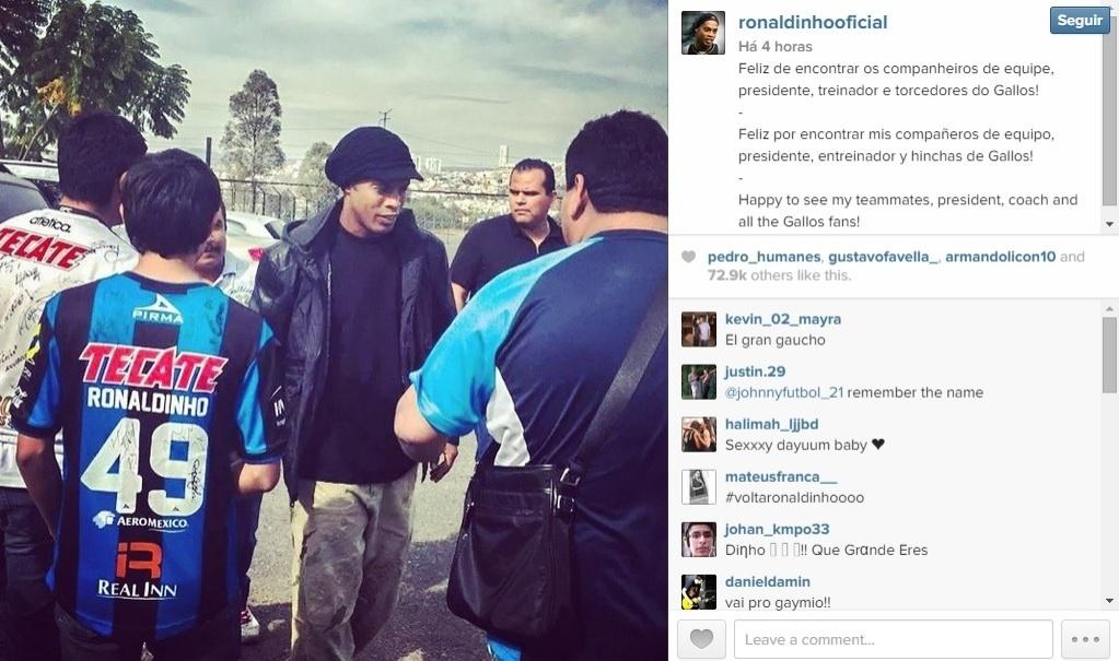 Ronaldinho Gaúcho reencontra companheiros do Querétaro