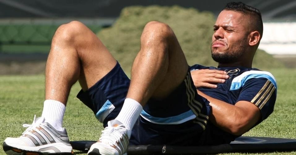 João Paulo pode ser o novo lateral esquerdo do Palmeiras