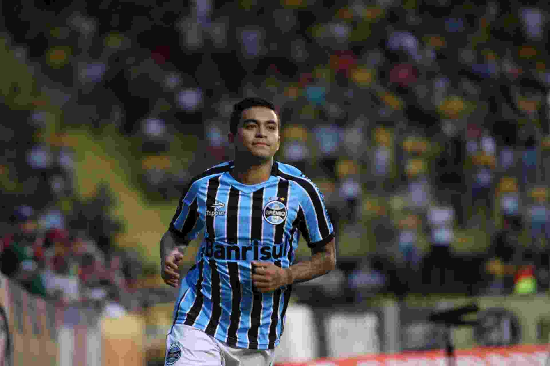 Dudu, do Grêmio, durante jogo contra o Criciúma - Alan Pedro/Getty Images