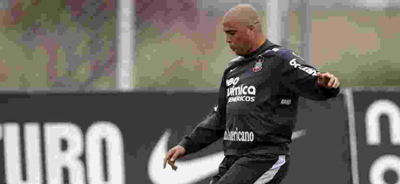 Ronaldo no Corinthians em 2010; atacante intermediou patrocínio da Hypermarcas ao clube nos tempos de jogador - Robson Ventura-23.out.2010/Folhapress