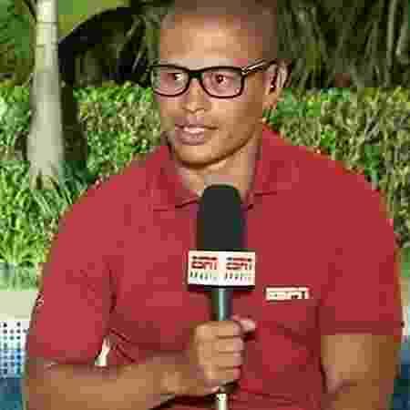 Alex, comentarista dos canais ESPN - Reprodução