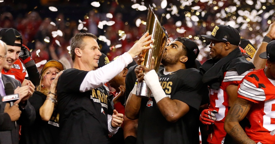 Em campo, Ohio State bateu Oregon e conquistou seu primeiro título