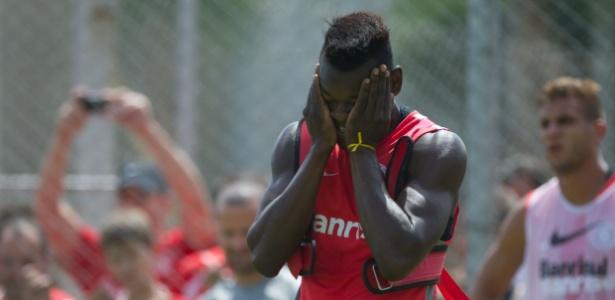 Zagueiro Paulão é o próximo a deixar o Internacional e deve ir para o Vasco