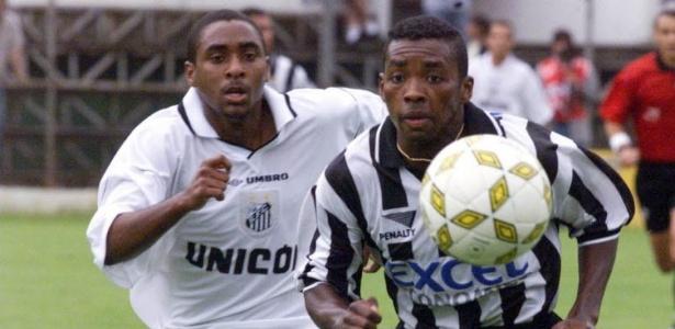 Adiel (esq.) em jogo do Santos em 98; hoje está no Juventus e diz que salvou Vampeta