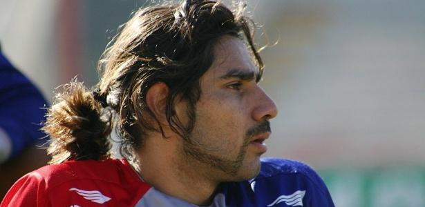 Josiel, nos tempos de Paraná; artilheiro em 2007, ele foi para o Fla e nunca mais brilhou