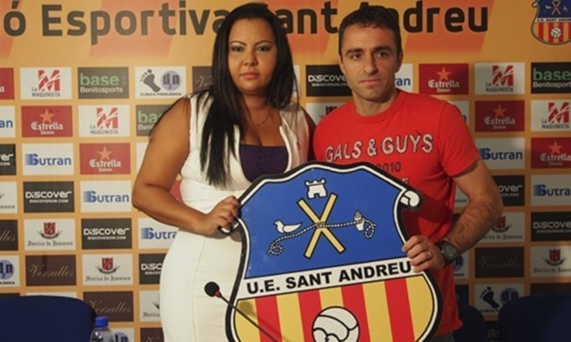 Em 2014, Dinorah comprou 96% das ações do Unió Esportiva Sant Andreu, da terceira divisão espanhola
