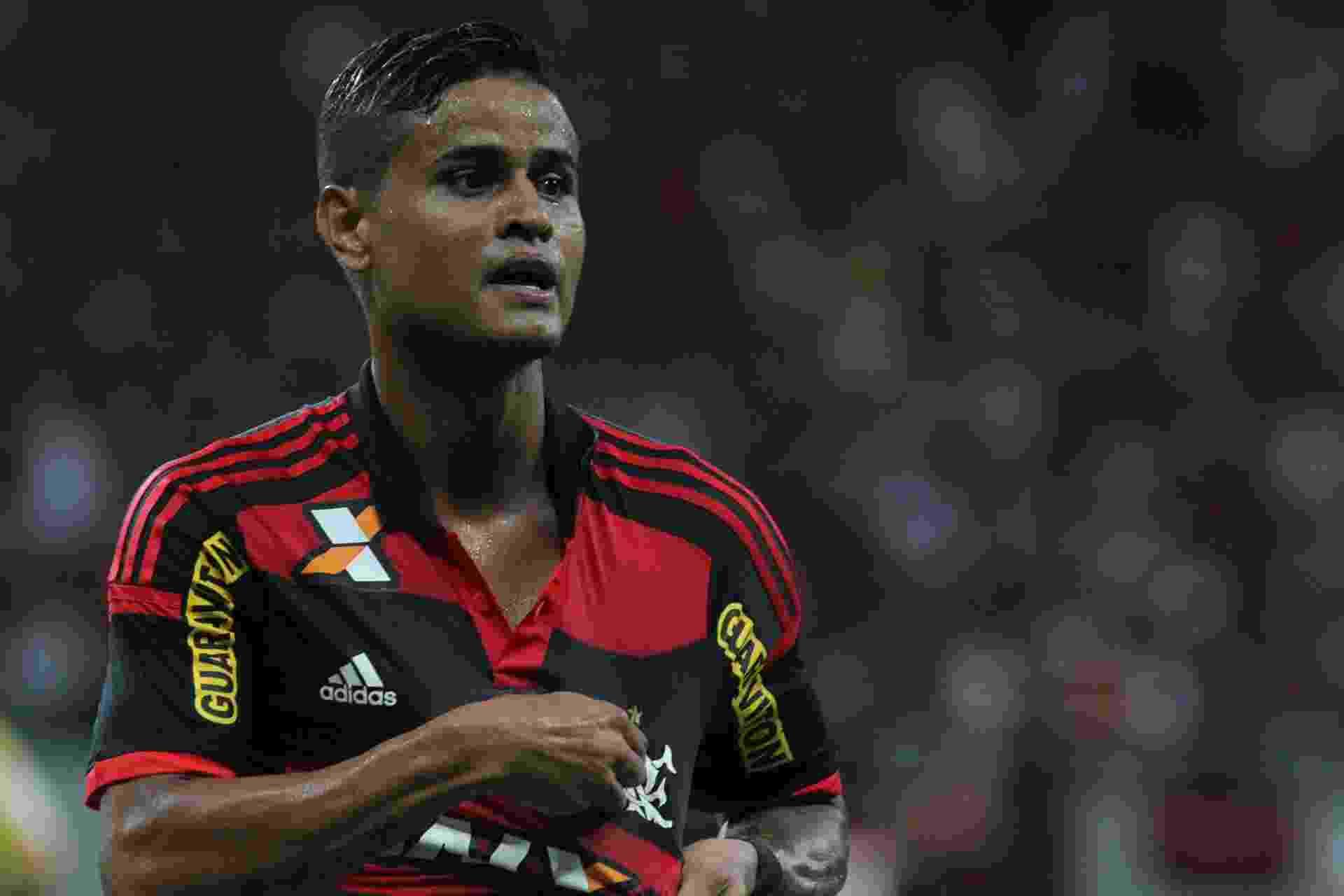 O meia Everton marcou o gol do Flamengo no clássico contra o Vasco em Manaus - Gilvan de Souza/ Flamengo